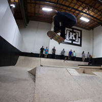 SURF RIDE TEAM SKATE NIGHT AT ONE DISTRIBUTION KR3W SUPRA